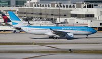 LV-FNJ @ MIA - Aerolineas Argentinas