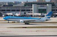 LV-FNL @ MIA - Aerolineas Argentinass