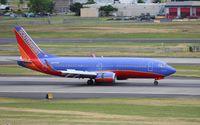 N607SW @ KPDX - Boeing 737-300