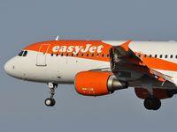 G-EZTE @ GCRR - EasyJet from Berlin - by JC Ravon - FRENCHSKY