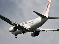 TS-IOR @ LFBD - TU8612 landing runway 23 from Djerba (DJE) - by JC Ravon - FRENCHSKY