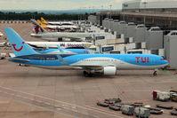 G-OBYE @ EGCC - Thomson Airways/TUI - by Jan Buisman