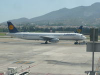 D-AIRU @ LEMG - Lufthansa A321 - by Christian Maurer