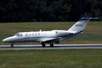N525L @ LSGG - Landing