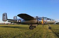 N3774 @ KOSH - North American B-25D