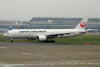 JA010D @ RJTT - At Haneda - by Micha Lueck