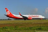 D-ABMI @ EDDL - Boeing 737-86J(W) - AB BER Air Berlin - 37770 - D-ABMI - 31.07.2015 - DUS - by Ralf Winter