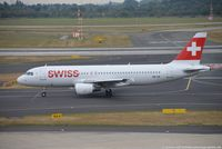 HB-IJX @ EDDL - Airbus A320-214 - LX SWR Swiss International Air Lines 'Davos' - 1762 - HB-IJX - 20.09.2016 - DUS - by Ralf Winter