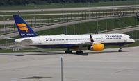 TF-FIN @ EDDM - Icelandair Boeing 757-200