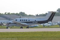 N44MR @ KOSH - Beech B200C Super King Air  C/N BL-27, N44MR