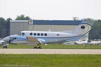 N91RW @ KOSH - Beech B300 King Air  C/N FA-21, N91RW
