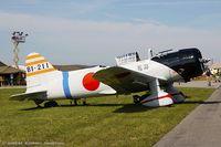 N56867 @ KRDG - Vultee BT-13B (SNV-2)  C/N 79-1220  - Val replica, N56867