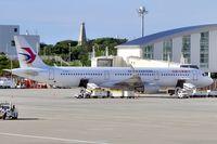B-8572 @ ROAH - Ready for departure, International Terminal - by JPC