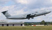 87-0042 @ EDDS - 87-0042 at Stuttgart Airport. - by Heinispotter