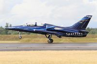 LX-MIK @ LFSI - Aero L-39C Albatros, Sparflex french team, Landing rwy 29, St Dizier-Robinson Air Base 113 (LFSI) Open day 2017 - by Yves-Q