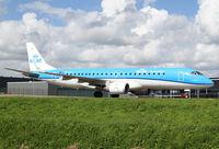 PH-EZL @ EHAM - KLM Cityhopper ERJ-190 - by Andreas Ranner