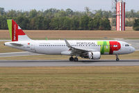 CS-TMW @ LOWW - TAP A320 - by Andreas Ranner