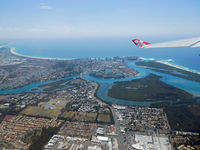 9M-XXP - Leaving the Gold Coast (OOL-AKL) - by Micha Lueck