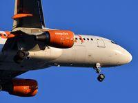 G-EZUL @ LFBD - U21371 from Genéve landing runway 23 - by JC Ravon - FRENCHSKY