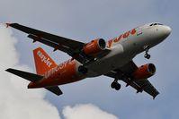 G-EJAR @ LFBD - EasyJet (UNICEF Livery) U24305 landing runway 23 from Lyon (LYS) - by JC Ravon - FRENCHSKY