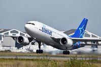 C-GSAT @ LFBD - TS517 to MONTREAL take off 23 - by JC Ravon - FRENCHSKY