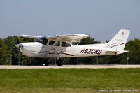 N920WB @ KOSH - Cessna 172S Skyhawk  C/N 172S10837 , N920WB - by Dariusz Jezewski www.FotoDj.com