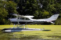 N9698E @ KOSH - Cessna 182R Skylane  C/N 18268438, N9698E