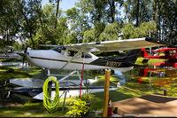 N182CR @ KOSH - Cessna 182S Skylane  C/N 18280179, N182CR