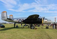 N2825B @ KOSH - North American B-25