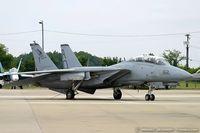 161711 @ KNTU - F/A-18B Hornet 161711 AF-15 from VFC-12 'Fighting Omars' NAS Oceana, VA - by Dariusz Jezewski www.FotoDj.com