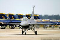 98-0003 @ KNTU - F-16CJ Fighting Falcon 98-0003 SW from 55th FS 'Fighting Fifty Fifth' 20 FW Shaw AFB, SC - by Dariusz Jezewski www.FotoDj.com