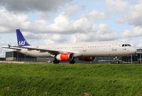LN-RKK @ EHAM - SAS A321 - by Andreas Ranner