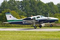 N14MW @ KFWN - Piper PA-34-220T Seneca III  C/N 34-8133047, N14MW
