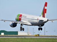 CS-TTA @ LPPT - TP803 landing runway 03 from Milan (MXP) - by JC Ravon - FRENCHSKY