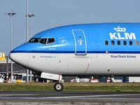 PH-BXT @ LPPT - Zeestern 1694 departure to Amsterdam - by JC Ravon - FRENCHSKY