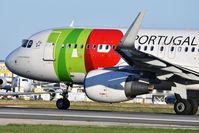 CS-TNS @ LPPT - TAP Air Portugal 752 departure to Copenhagen (CPH) - by JC Ravon - FRENCHSKY