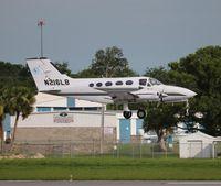 N216LB @ DAB - Cessna 414
