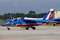 E165 @ LFTH - Taxiing - by micka2b