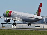 CS-TJF @ LPPT - Luis Vaz de Camoes landing runway 03 - by JC Ravon - FRENCHSKY