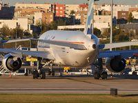 CS-TKT @ LPPT - EuroAtlantic Airways - by JC Ravon - FRENCHSKY