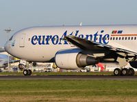 CS-TKR @ LPPT - EuroAtlantic Airways - by JC Ravon - FRENCHSKY