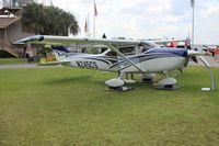 N245CS @ LAL - Cessna 182T