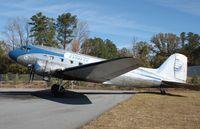N28AA @ KFFC - Douglas DC-3A