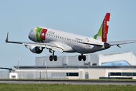 CS-TPW @ LPPT - Coimbra TAP Express landing runway 03 - by JC Ravon - FRENCHSKY