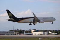 N328UP @ MIA - UPS 767-300