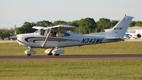 N342ME @ LAL - Cessna 182S