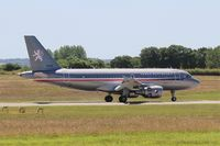 3085 @ LFRJ - Airbus ACJ319, Reverse thrust landing rwy 26, Landivisiau Naval Air Base (LFRJ) - by Yves-Q