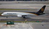N459UP @ MIA - UPS 757-200