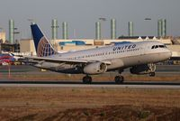 N463UA @ LAX - United