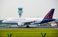 OO-SSK @ EBBR - Brussel airlines 319 slwong down - by fink123